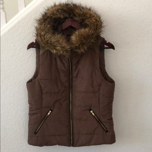 Love Tree Fur Trimmed Hooded Vest in Large